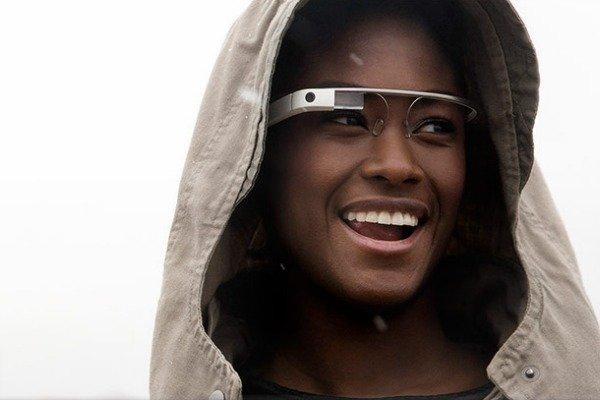 Google Glass: Éxito en experiencia de usuario y UI, suspenso en seguridad