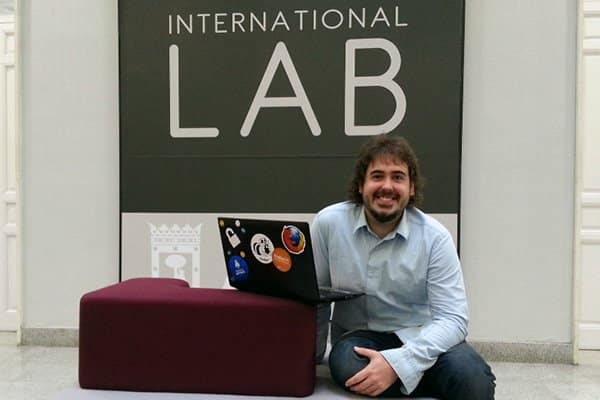 PabloYglesias-InternationalLab