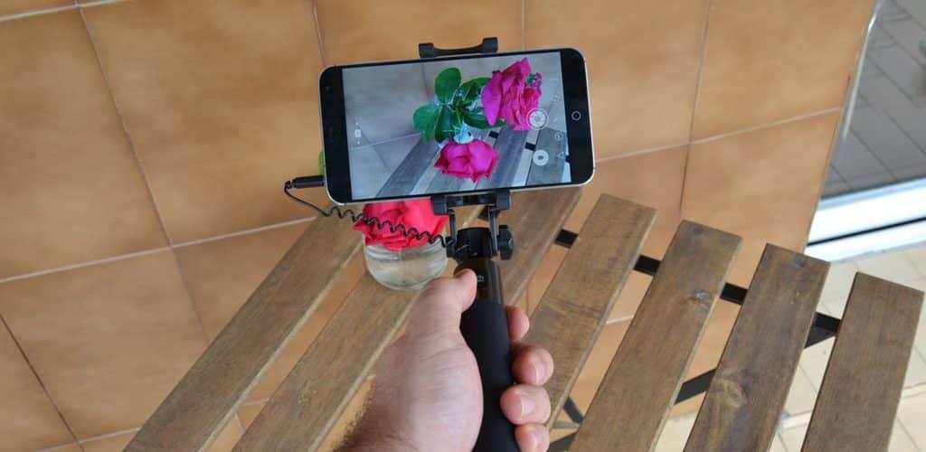selfie auricular accion