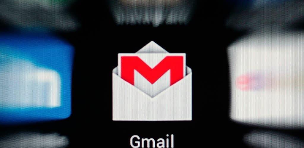 Cómo configurar un webmail, GMail o Outlook.com como correo por defecto del sistema