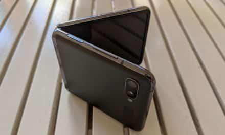 Cómo queda una pantalla plegable (galaxy Z Flip) tras un año de uso
